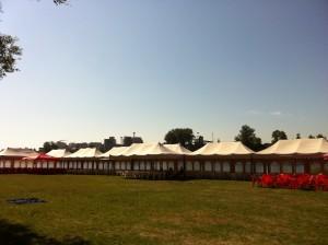 шатры для торговли на фестивале