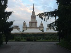 Торговые шатры в центре Москвы
